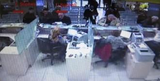 Kredi Çektiren Telefon Dolandırıcıları Yakalandı