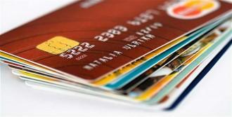Kredi Kartı Harcamalarında Korkunç Artış
