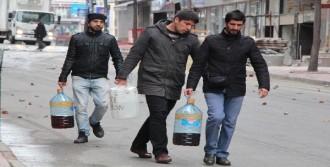 Kumkapı'da Polis Müdahalesi!