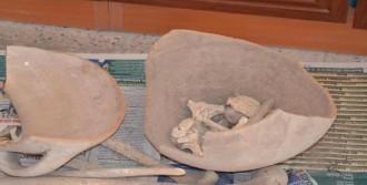 Küp İçinde İnsan Kemikleri Bulundu