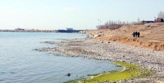 Kuraklık Van Gölünü de Etkiledi!