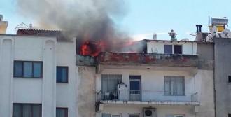 Kuşadası'nda Çatı Katında Korkutan Yangın