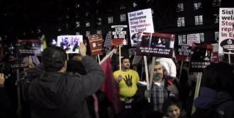 Londra'da Sisi Karşıtı Gösteri