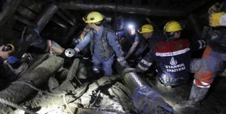 8 İşçi Hala Madende
