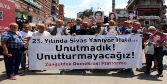 Madımak Oteli'nde Ölenler Zonguldak'ta Anıldı