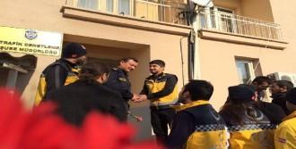 Malatya'da Sağlıkçılardan Polislere Destek Ziyareti
