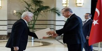 Malta Büyükelçisi'nden Güven Mektubu