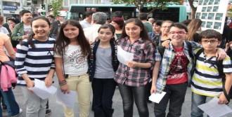 Manisa'da Çocuk Cinayetlerine Tepki Eylemi