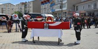 Manisa'da Şehit Olan Er Kırşehir'de Toprağa Verildi