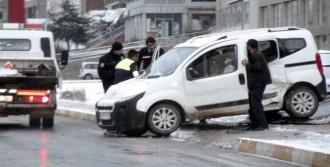 Mardin'deki Kazalarda 1 Ölü, 20 Yaralı