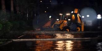 Mersin'de 2. Sel Tehlikesi Atlatıldı
