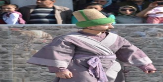 Mevlana'nın Konya'ya Gelişi Canlandırıldı