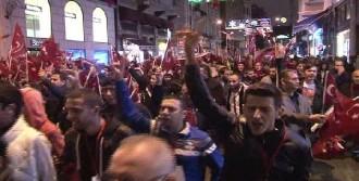 Mhp'den Taksim'de Meşaleli Yürüyüş
