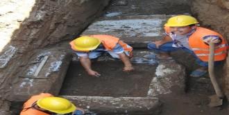 Milas'ta 1600 Yıllık Mezar Bulundu