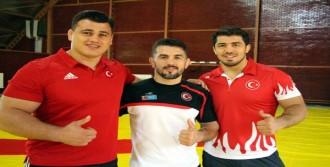 Milli Güreşçiler Altın Madalya İstiyor