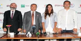 Milli Tenisçi Çağla Büyakakçay Rio Öncesi Medya İle Buluştu