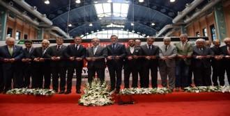 Mısır'da Üretilen Dev Koltuk Bursa'da