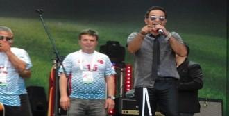 Moskovalılar, Türk Müziği İle Coştu