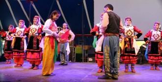 Münih Halk Dansları Festivali'nde Anadolu Yankıları