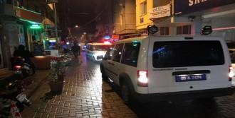 Bar Kavgası; 1'i Polis 3 Yaralı