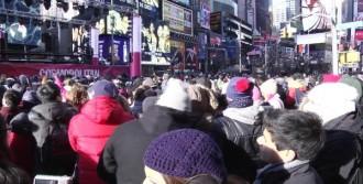 New York Yeni Yılı Karşılamaya Hazırlanıyor
