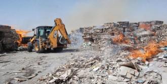 Nizip'te Kağıt Fabrikasında Yangın