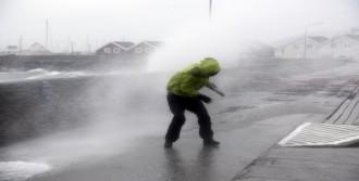 Fırtına ve Tipi Hayatı Felç Etti