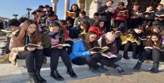 Öğrencilerden Kitap Okuma Çağrısı