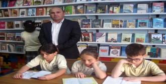 Silopi'de 2 Okula Kütüphane Kurdu