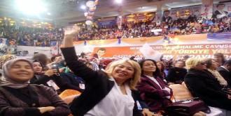 Okul Müdürü Ak Parti'nin Kongresinde