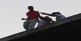 Ölmek İsteyen Genci Polis Kurtardı