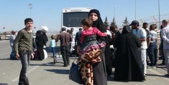 Öncüpınar Sınır Kapısı'nda Suriyeli Yoğunluğu