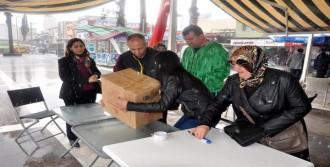 Sur'daki Askerlere 'Anne Yemeği'