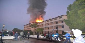 Otelde Korkutan Yangın