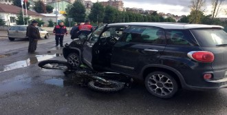 Çarpışan Motosikletin Sürücüsü Yaralandı