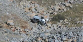 Otomobil Şarampole Devrildi: 7 Yaralı