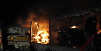 Fabrikada Yangın Korkuttu