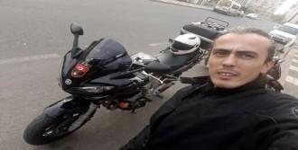 Sürüklediği Motosikletli Genç Öldü