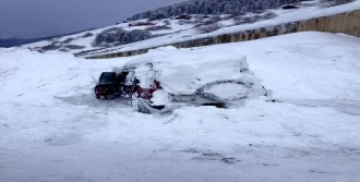 Ovit Dağı'nda Cipin Üzerine Çığ Düştü