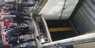 Oxford Metrosunda Bomba Alarmı
