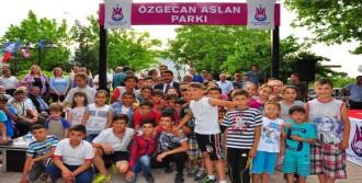 Özgecan Aslan İsmi Manisa'da Parka Verildi