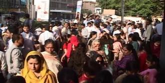 Pakistan'da Deprem: 45 Ölü