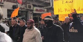 Ramallah'ta Gösteriler Devam Ediyor
