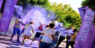 Renkli Koşu İle Otizme Dikkat Çekildi