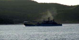 Rus Savaş Gemisi Ege'ye Açıldı