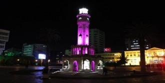 Saat Kulesi Pembe Yandı