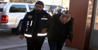 Sahte Polis Kimliğiyle Yakalandı