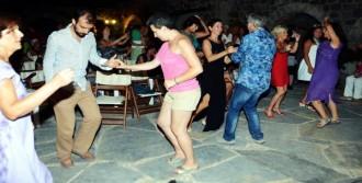 Sanat Köyü'nde Küba Rüzgarı Esti