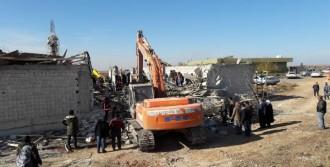 Şanlıurfa'da İnşaat Çöktü