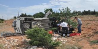 Şarampole Uçan Araçta 1 Ölü, 4 Yaralı